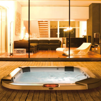 jacuzzi int rieur avantages et inconv nients culturespas. Black Bedroom Furniture Sets. Home Design Ideas
